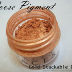 Faces Sparkle Dust Review, Swatches – Budget Loose Pigment