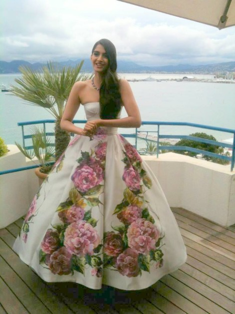 sonam floral gown