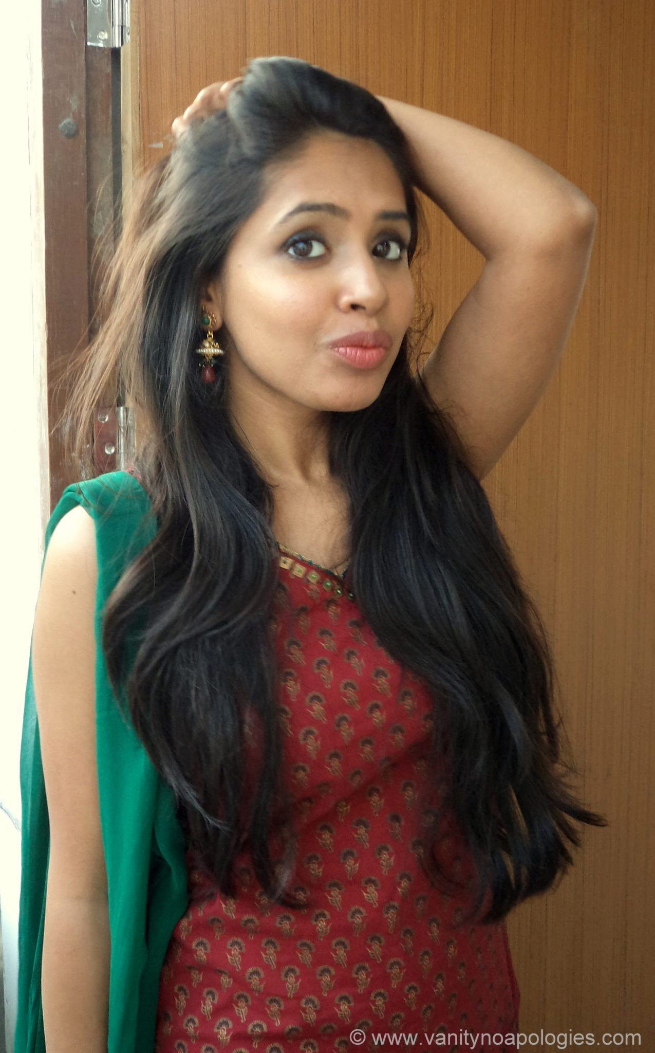 Green Red Salwaar Kameez Makeup Vanitynoapologies Indian