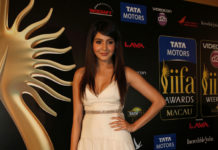 Anushka Sharma iifa Awards 2013 gown