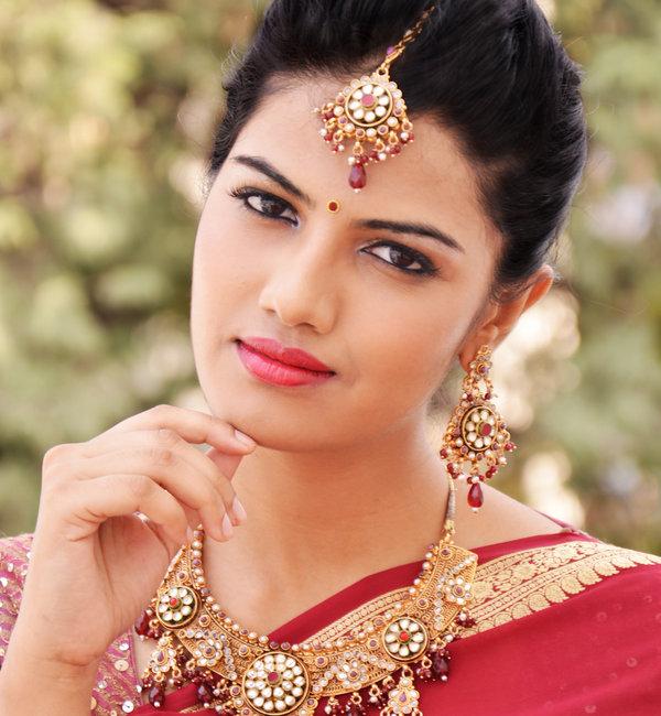 Best Wedding Makeup Artists : bridal makeup photosVanitynoapologiesIndian Makeup and ...