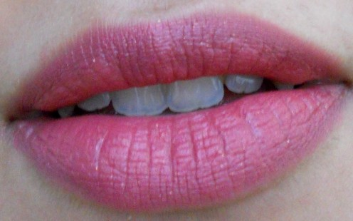 Lakme 9 to 5 Lipstick Swatches on lips