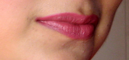 Lakme 9 to 5 Lipstick Red Chaos Lip Swatch