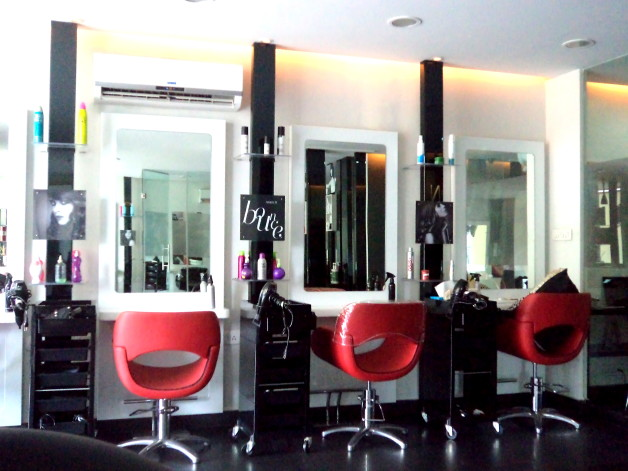 Lakme Absolute Salon Delhi Photo