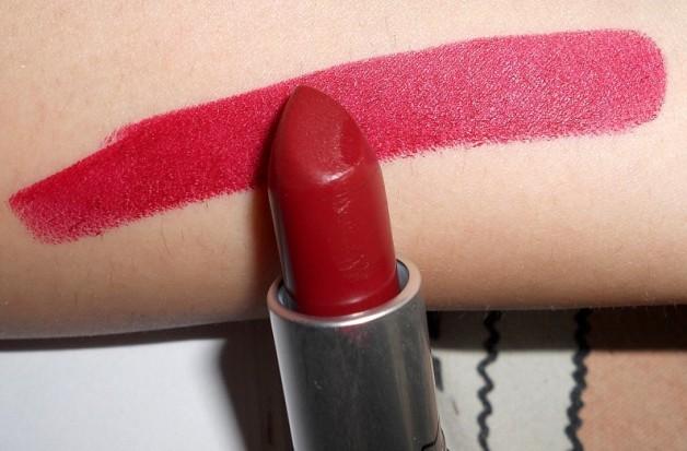 Mac Diva Lipstick Swatches