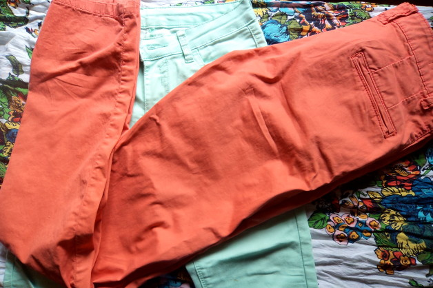 Pastel Chinos in India