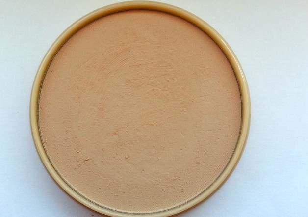 Rimmel London Stay Matte Pressed Powder Review Swatches