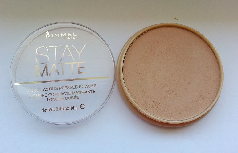 Stay Matte Pressed Powder by Rimmel #15