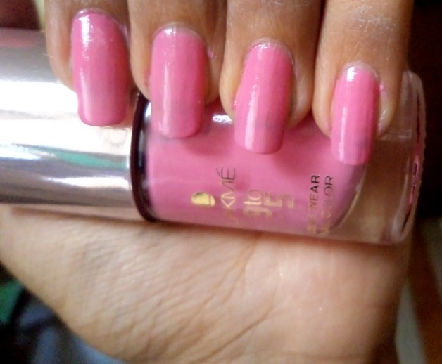 lakme 9-to-5 long wear nail color candy power notd