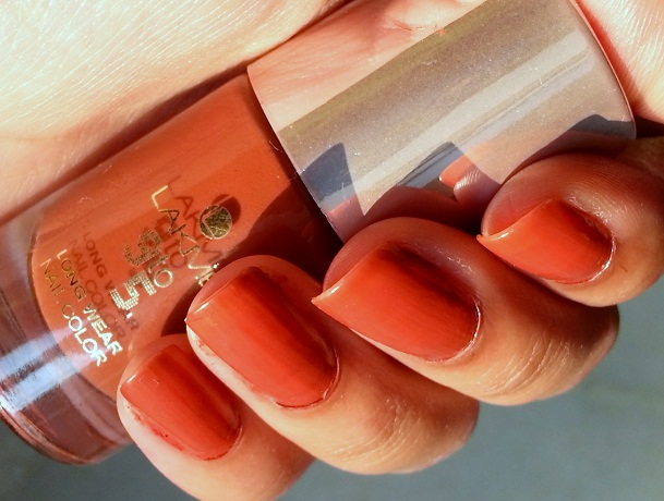 lakme 9 to 5 long wear nail color oak room photos