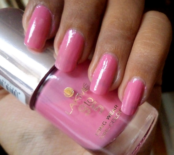 lakme 9-to-5 long wear nail color candy power