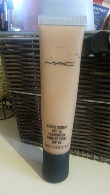 Mac Studio Sculpt Foundation Spf 15 Review