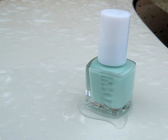 mua nail polish pistachio ice cream photo