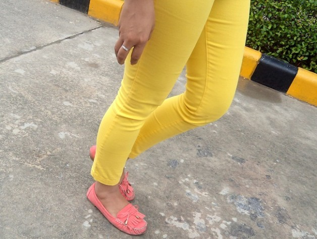 yellow jeans summer trend