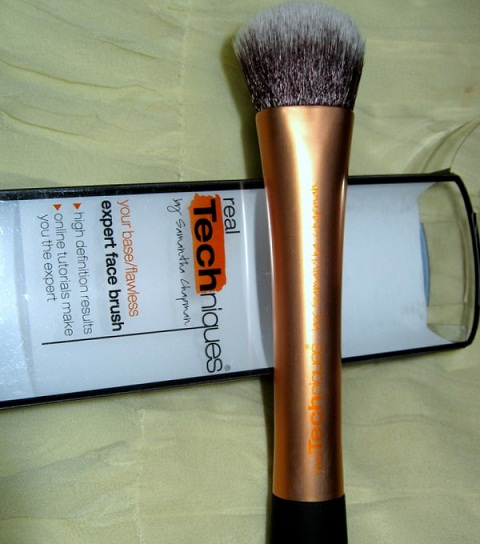Real Techniques Expert Face Brush by samantha chapman review