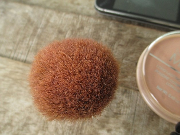 Bourjois Kabuki Brush Photo