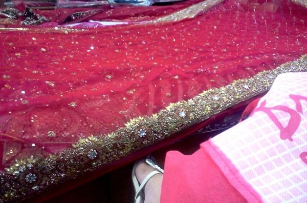 indian wedding sagan chunni