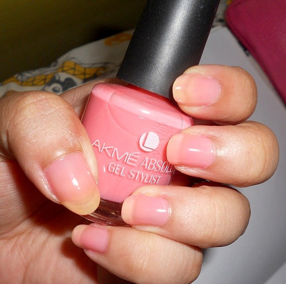 Lakme Absolute Gel Stylist Nail Color Pink Champagne
