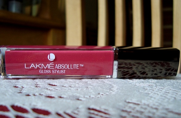 lakme absolute gloss stylist burgundy burn photo