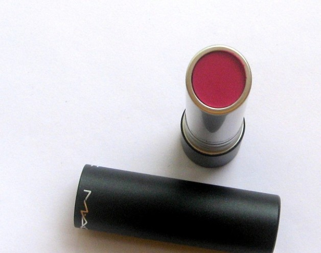 Mac Pro Longwear Lipcreme Love Forever photo