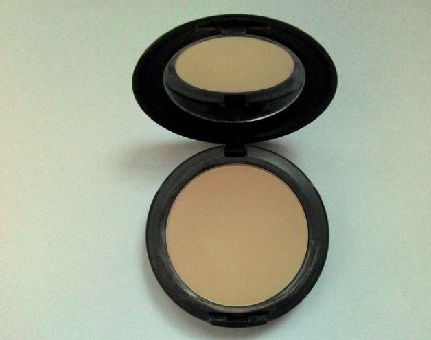 Mac Studio Fix Powder Plus Foundation Photo