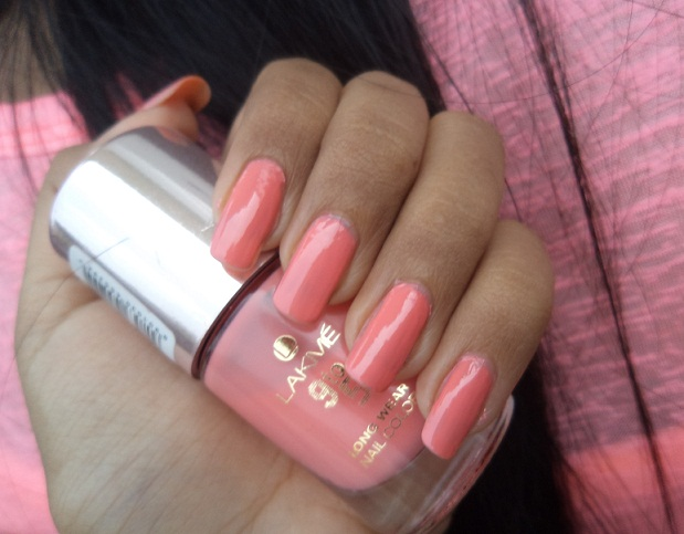 Lakme 9 to 5 Long Wear Nail Color Rosey Monday