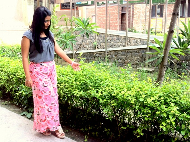 outfit of the day palazzo pants floral