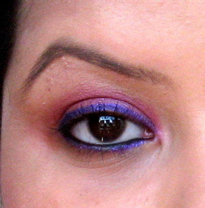 MAC Pearlglide Intense Eye Liner Designer Purple swatch on eyes