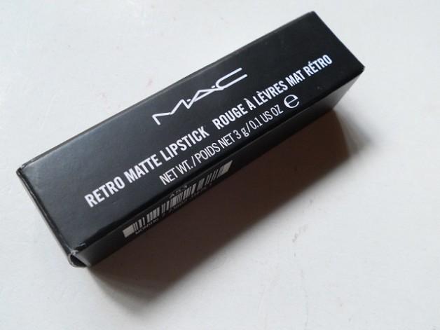 MAC Retro Matte Lipstick Relentlessly Red
