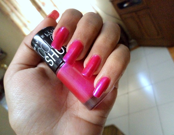 Review Maybelline Color Show Nail Lacquer Kiss Me Pink