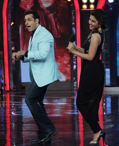 priyanka chopra salman khan bigg-boss 7 dance