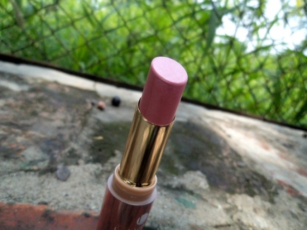 lakme 9 to 5 lipstick candy closure