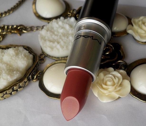 mac creme in your coffee lipstick