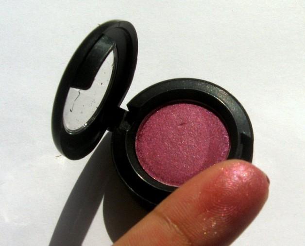 mac plum dressing eyeshadow photo