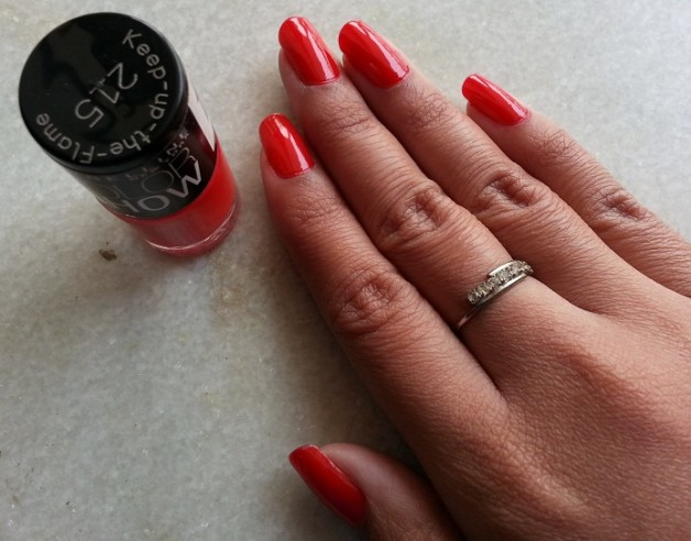 maybelline color show nail polish keep up the flame