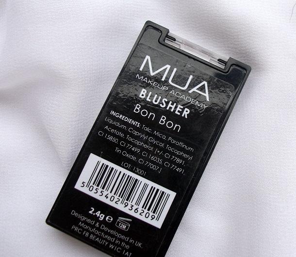 mua bon bon powder blush ingredients