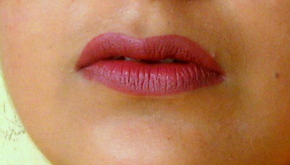 mac amorous lipstick lip swatch
