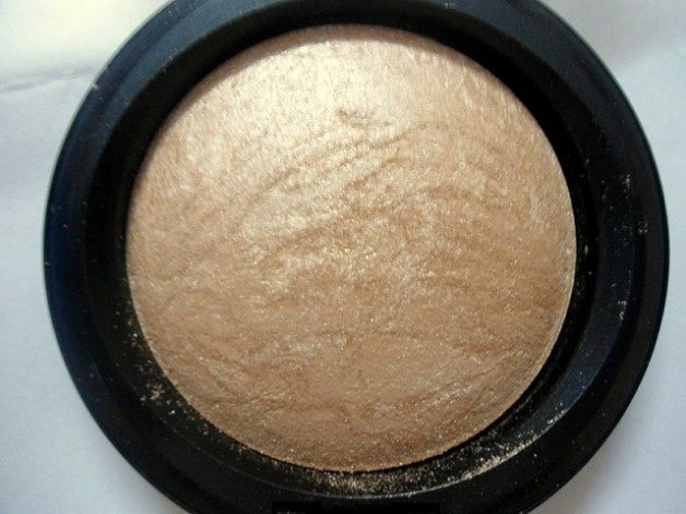 mac mineralize skinfinish soft and gentle review blog