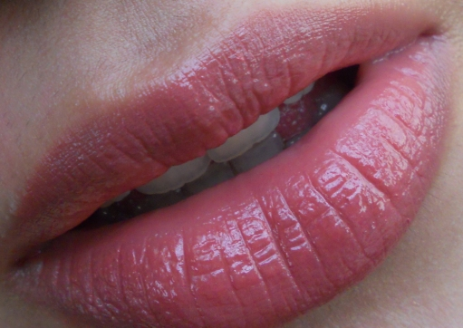 10 Best Mac Lipsticks for indian skin