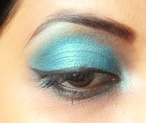 Inglot Freedom System Rainbow Eyeshadow 134 Review swatch eye makeup