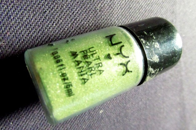 NYX Ultra Pearl Mania EyeShadow Lime Review