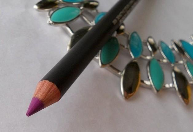 mac heroine lip pencil review india