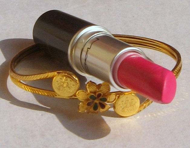 mac pink pigeon lipstick review photo
