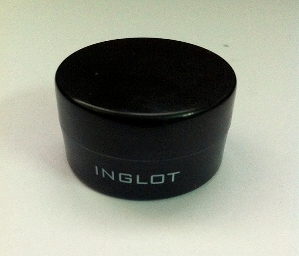 Inglot Eye Makeup Base Review swatch blog