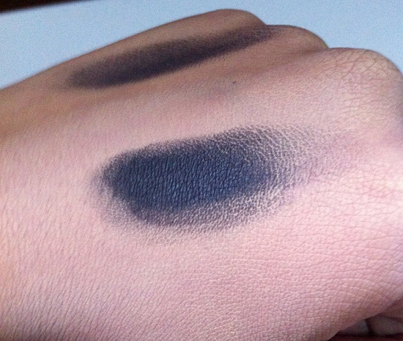 Inglot Eye Makeup Base Review eyeshadow swatch