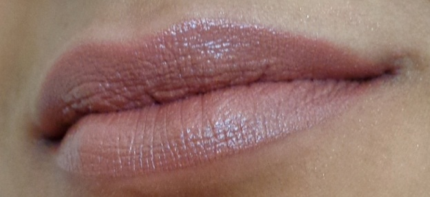 MAC Viva Glam V Lustre Lipstick: Review and Swatches