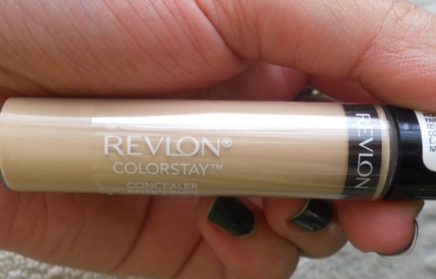 Revlon Colorstay Concealer Light review swatch photo
