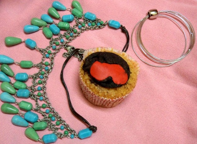 cupcakes necklace bracelet for valentines day