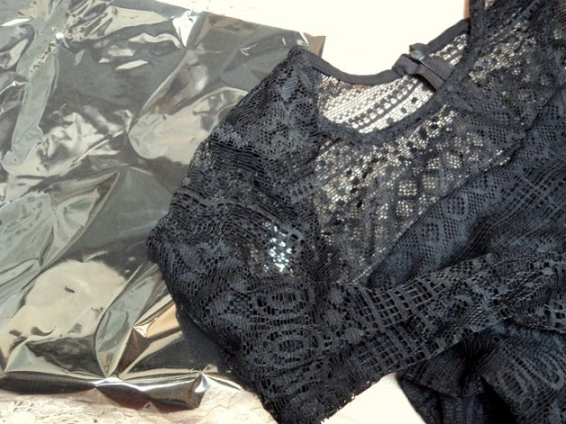 lace black top fashion blog