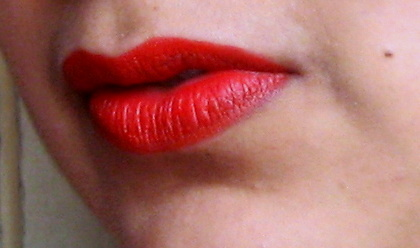 mac lady danger lipstick review lip swatches